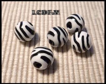 * ¤ Set of 5 round beads * Zebra * black and white - 12mm ¤ * #P14