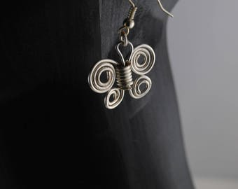 Silver butterfly dangle earrings, dainty earrings of butterflies, bespoke  statement earrings, butterfly design earrings, bohemian earrings