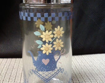 Flowers and water jug glass (1) salt & pepper/seasoning shaker