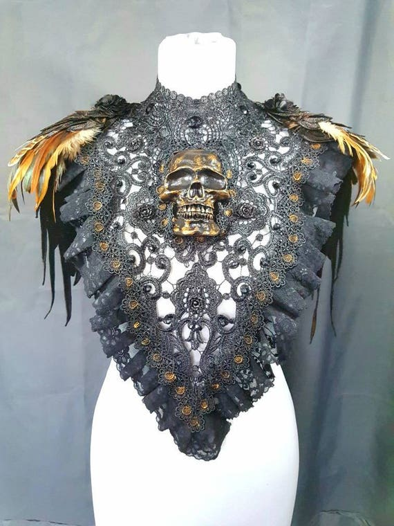 Pagan nature skull collar with feathers in bronze gold Sybil skull collar with Springs * one of a kind