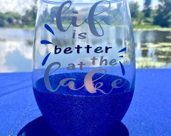 Life is better at the Lake 21oz Stemless Glitter Wine Glass
