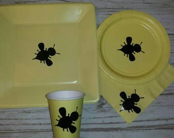 What will it Bee gender reveal plates, cups and napkins, bee gender reveal, bee baby shower, gender reveal party, he or she what will it bee