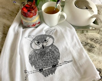 100% cotton table napkins.Cloth Napkins.Eco Friendly Dinner Napkins.Set 4 Cotton Cloth Napkins. Screen Printed Napkins. Owl napkins.