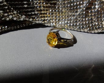 Vintage 875 Silver Russian USSR Soviet Era Citrine Ring Size US 9 Fully Hallmarked with Hammer Sickle and Star