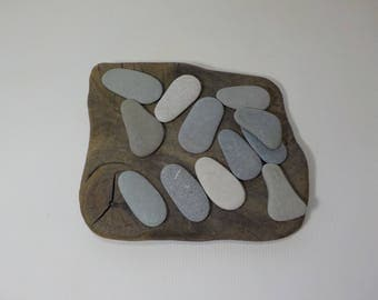 "12 Flat Beach Stones 1.7-2""/4.4-5.2 cm  - Flat sea stones - Flat Beach Pebbles - Decorative Beach Finds #27"