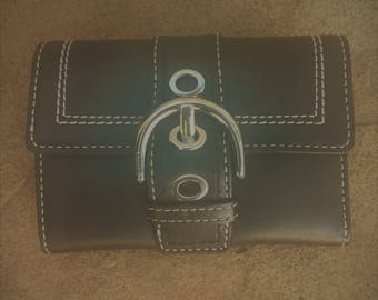 Vintage Coach Small Wallet / Beautiful Black Leather Buckle Wallet with Contrast Stitching / MINT