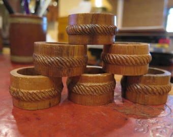 Wooden Wood Napkin Rings Set of 6 BEAUTIFUL Hand Carved Holders Phillipines