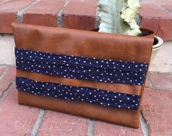 Azul Vegan Leather - Essential Clutch