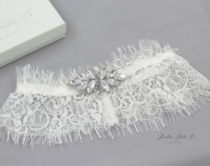 Wedding Garter, Dainty Lace Wedding Garter Set, bridal garter