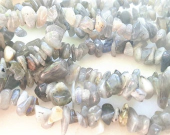 Labradorite gemstone chip bead - 5 to 8mm - 15 inches - natural semiprecious stones - crafts - DIY - jewelry - gray