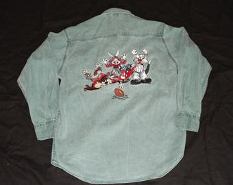 Acme Looney Tunes Football Champions Rivet Buttons Mens M Green Denim Shirt 1848