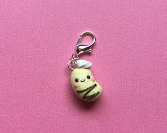 Pastry bean charm