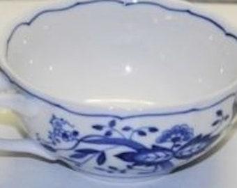 Hutschenreuther Blue Onion Cream Soup Bowl