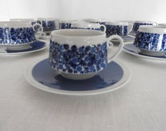 Arabia Finland DORIA , coffee cup and saucer,  designed by Raija Uosikkinen, 1960