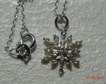 Snowflake Pendant With 925 Silver Chain