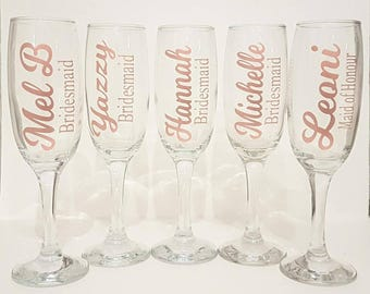 Personalised champagne glass, wedding champagne flute, bridesmaid wine glass, bridal party champagne glass, personalised rose gold glass