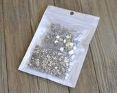 300 Pairs Stainless Steel Earrings Posts Flat Post Pad with Butterfly Earring Backs for Earrings Making DIY