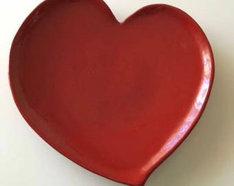 Heart shaped dish in 3 dimensions