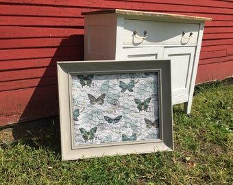Butterfly Chicken Wire Frame