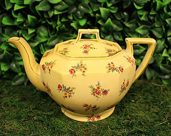 Royal Winton/Grimwades Chintz Teapot