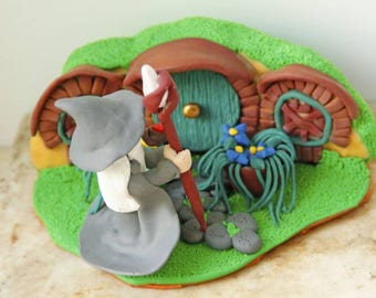 Hobbit Hole Scupture Gandalf Figurine Hobbit House Bilbo Baggins House Home Decor Fairy Garden Decor Collectibles