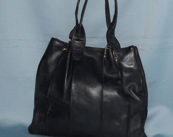 Authentic vintage bag! Genuine leather!