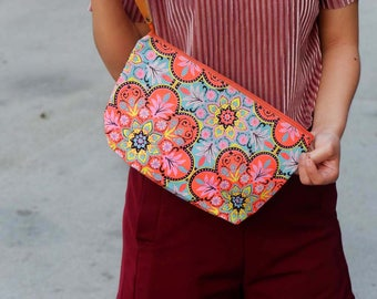Canvas Clutch Printed Fabric With Leather Strap