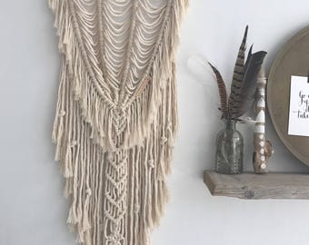 Macrame wallhanging /boho/ decor/ tapestry