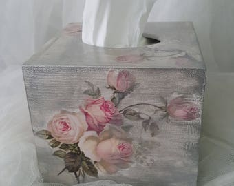 Wooden Romantic Tissue Box, Tissue Dispenser Holder Cover, Shabby chic, Decoupaged, Handmade box, Gift idea, Christmas gift, Vintage, new
