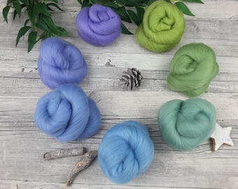 """Spinning clouds set (mini-Batts) with gradient - """"Forget me nots"""" - Merino - 105 g"""