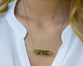 Real necklace moss, Terrarium necklace, Crystal moss necklace, Real flower necklace, Resin jewelry, Botanical Jewelry,Natural moss