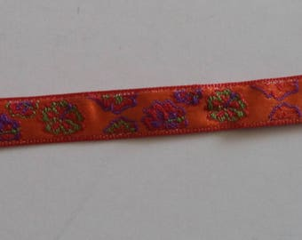 embroidered lace flowers on orange tone width 9 mm superb quality new