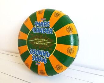 Old Dutch Gouda cheese wheel 'Maaslander' (decor/imitation)