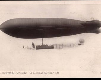 "N Mint 1908 RPPC Mail AIRSHIP ""Le Clement-Bayard, Zeppelin In Flight ~ Le Dirigeable  - Postally unused"