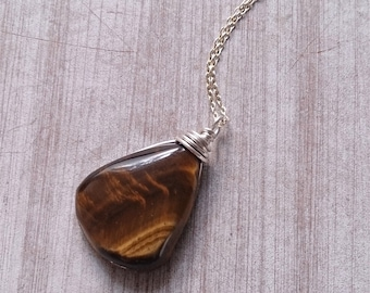 Tigers eye,Tiger eye Necklace, healing stones and crystals,Gift for her ,silver gemstone necklace, gemstones,natural product,sterling silver