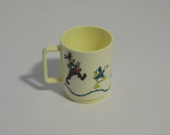 Walt Disney World Mug - Ships Priority so you'll get it Fast! - See shoppe for more Awesome Vintage!