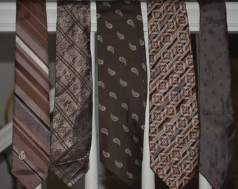 20% off Lot of 5 Very Adorable Vintage Mens Neck Tie Neckties