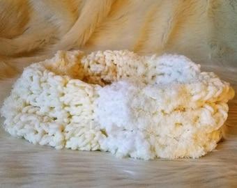 Crochet Infinity Scarf \ Circle Scarf \ Cowl \ Neck Warmer