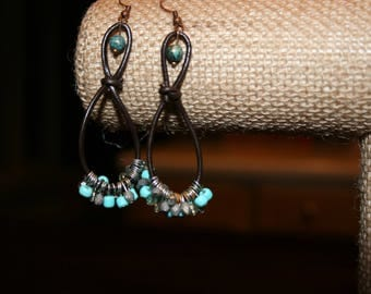 Brown leather and turquoise beads earrings
