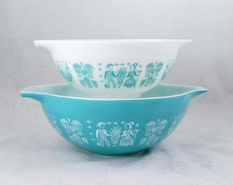 Pyrex Turquoise Amish Butterprint Cinderella Bowls Set of 2, 443, 444