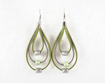 Earrings triple strand silver and green suede