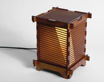 Angle Grid Lamp