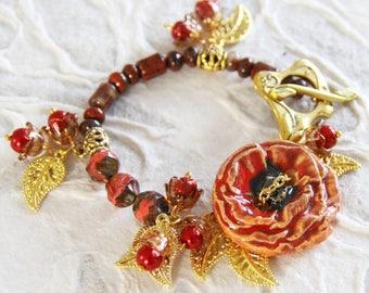 Bracelet gold and red poppy, poppy brick red Bohemian bracelet, poppy ceramic agate Czech glass, red autumn bracelet