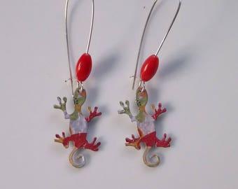 Earrings: high salamander in coral...
