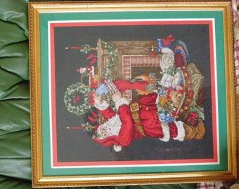 CHRISTMAS EMBROIDERY FRAME