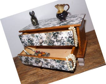 Jewelry box, wooden treasure box