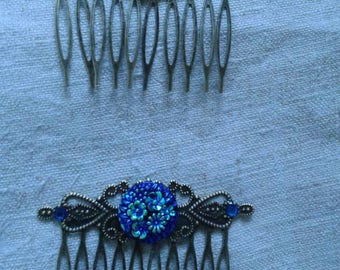 set of two Hair Combs and blue flower cabochon