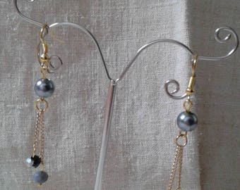 silver chain and grey Pearl Earrings
