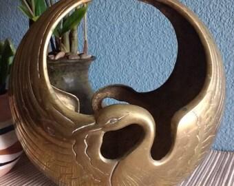 Vintage brass swan plant holder, vintage brass plant holder, vintage brass
