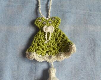 Doorknob decoration: green summer dress